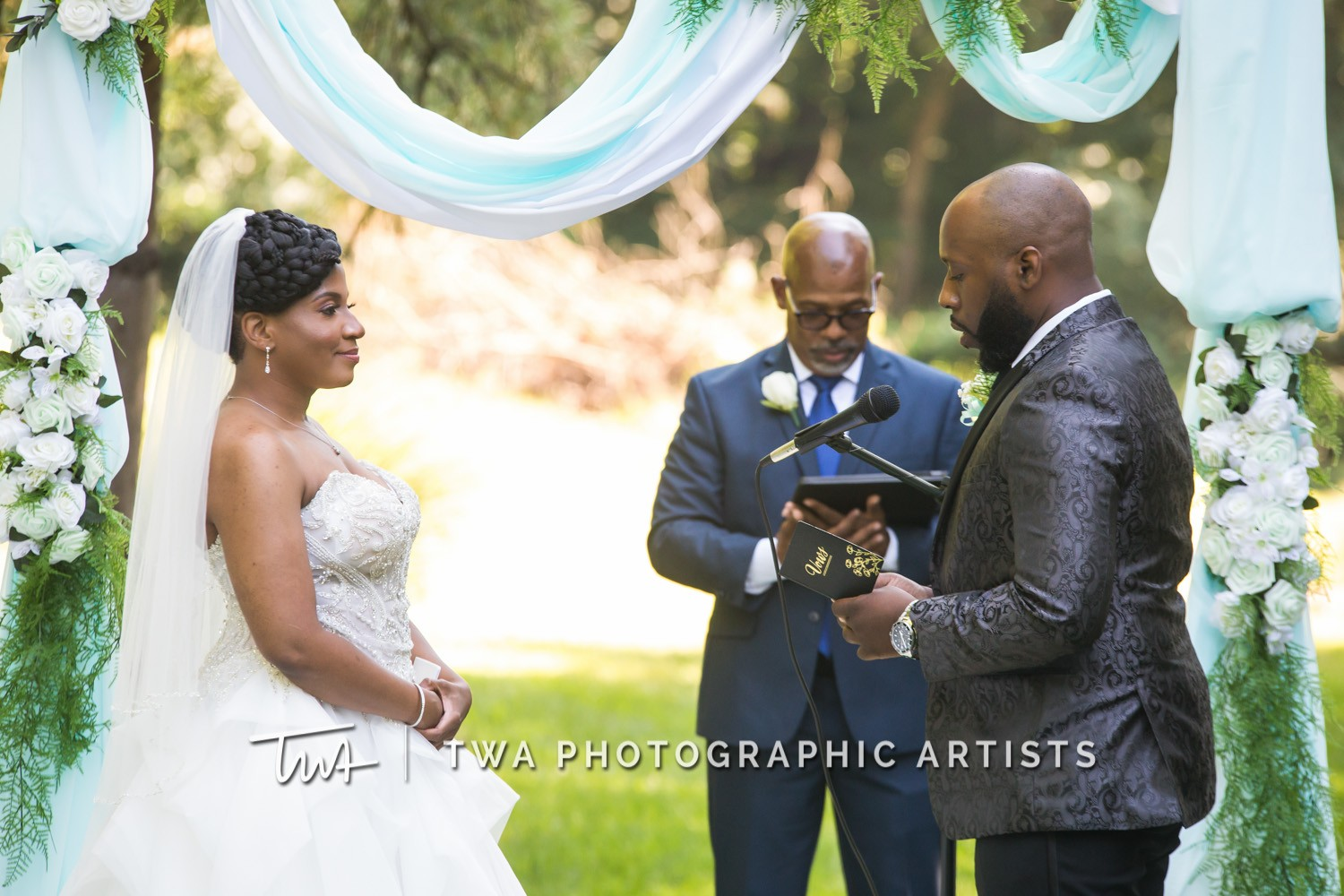 Chicago-Wedding-Photographer-TWA-Photographic-Artists-Private-Residence_Jones_Wright_HM-0629