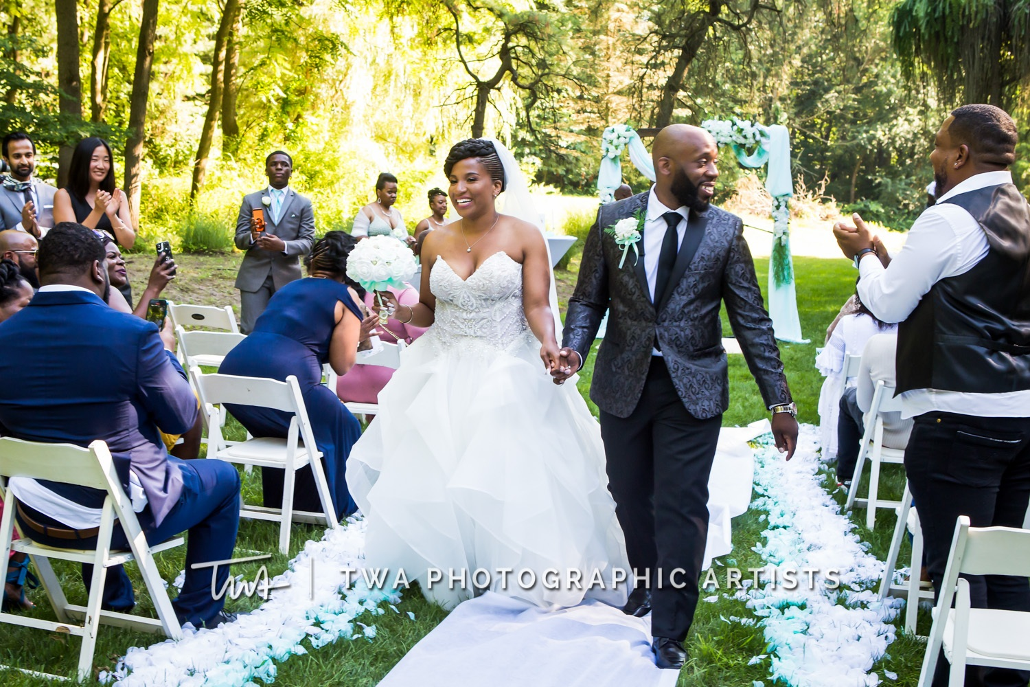 Chicago-Wedding-Photographer-TWA-Photographic-Artists-Private-Residence_Jones_Wright_HM-0720