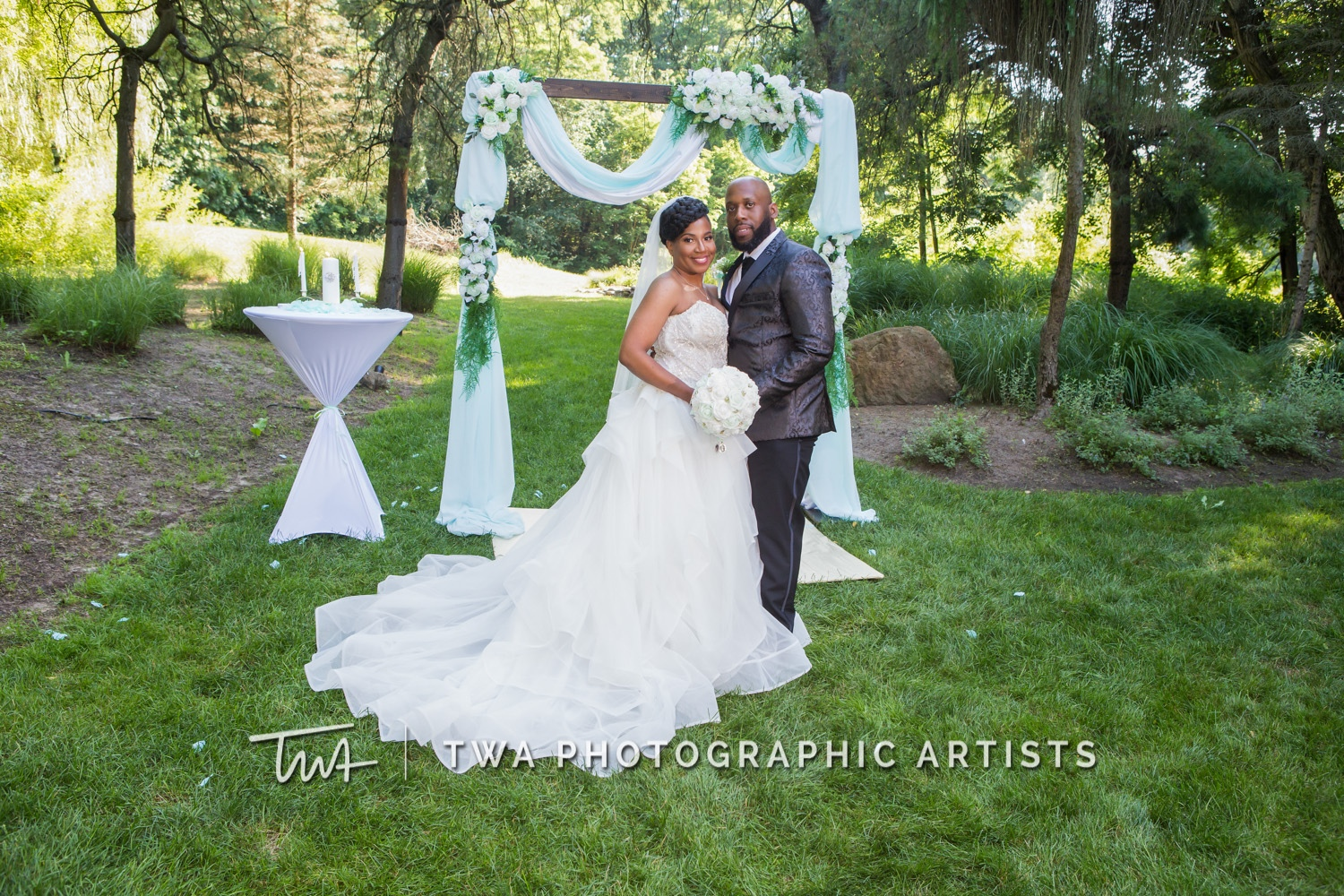 Chicago-Wedding-Photographer-TWA-Photographic-Artists-Private-Residence_Jones_Wright_HM-0766