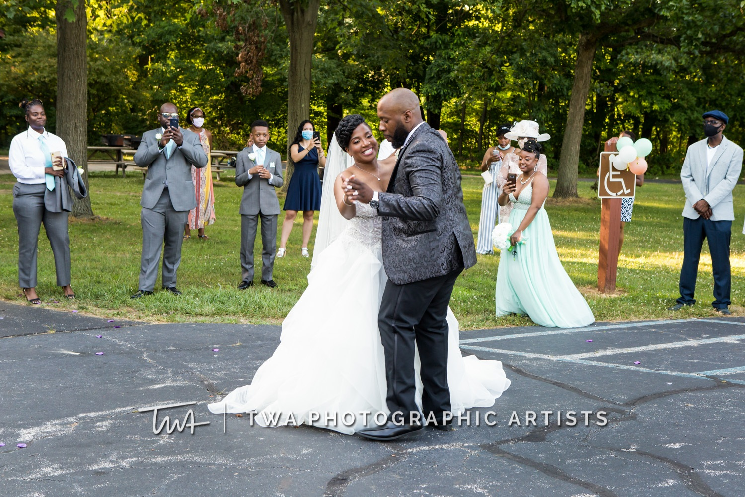 Chicago-Wedding-Photographer-TWA-Photographic-Artists-Private-Residence_Jones_Wright_HM-1017