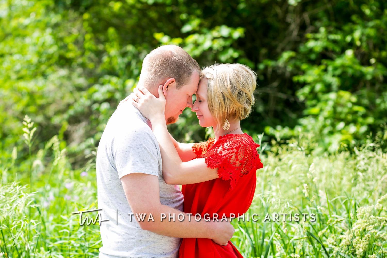 Chicago-Wedding-Photographer-TWA-Photographic-Artists-Riverview-Farmstead_Kingma_Hume_MJ-008
