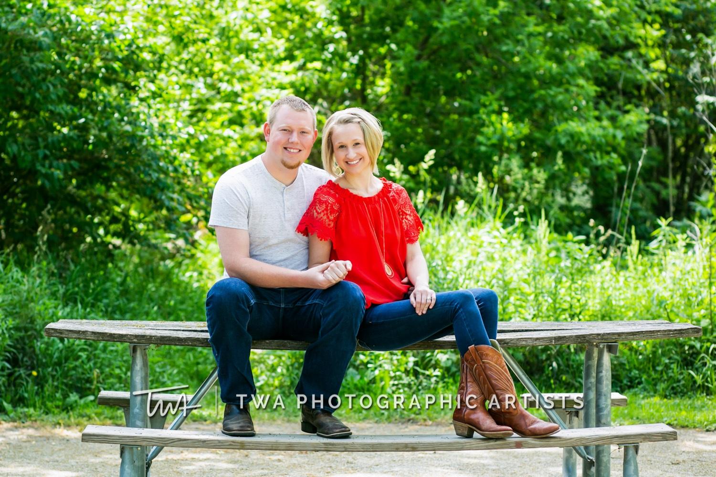 Chicago-Wedding-Photographer-TWA-Photographic-Artists-Riverview-Farmstead_Kingma_Hume_MJ-014