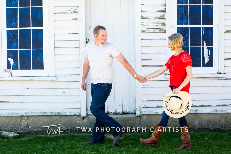 Chicago-Wedding-Photographer-TWA-Photographic-Artists-Riverview-Farmstead_Kingma_Hume_MJ-052
