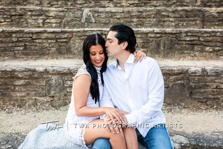 Chicago-Wedding-Photographer-TWA-Photographic-Artists-St-Charles_Santelli_Klco_MJ-020