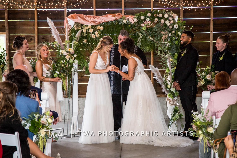 Chicago-Wedding-Photographer-TWA-Photographic-Artists-Heritage-Prairie-Farm_Bates_Smith_WM-Heritage-Prairie-Farm_Bates_Smith_WM-039_0449