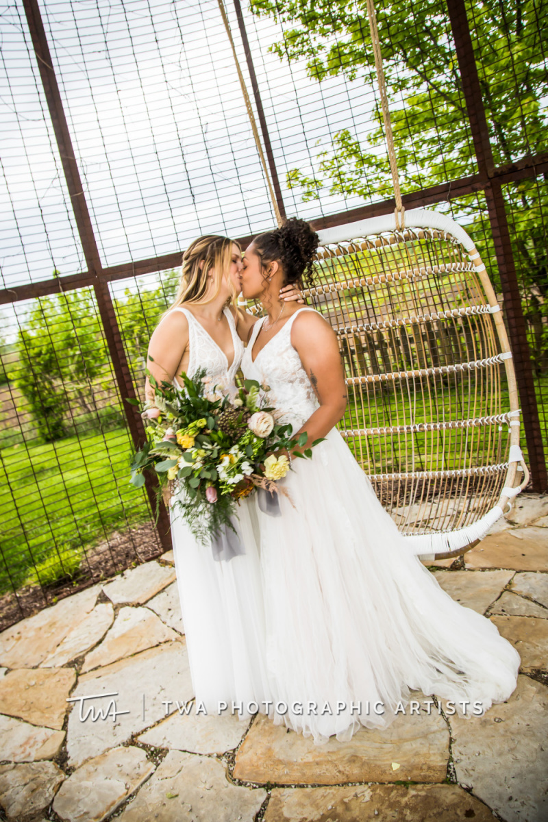 Chicago-Wedding-Photographer-TWA-Photographic-Artists-Heritage-Prairie-Farm_Bates_Smith_WM-Heritage-Prairie-Farm_Bates_Smith_WM-055_0608