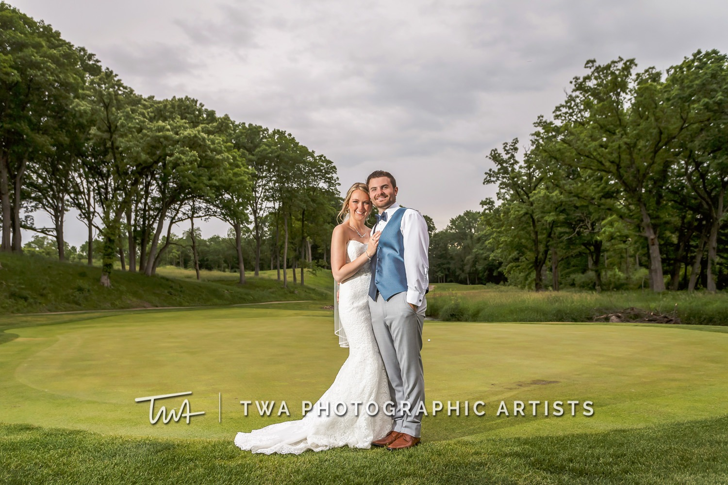 Chicago-Wedding-Photographer-TWA-Photographic-Artists-St.-Charles-CC_Wallschlaeger_Starks_MC_DR-084_0967