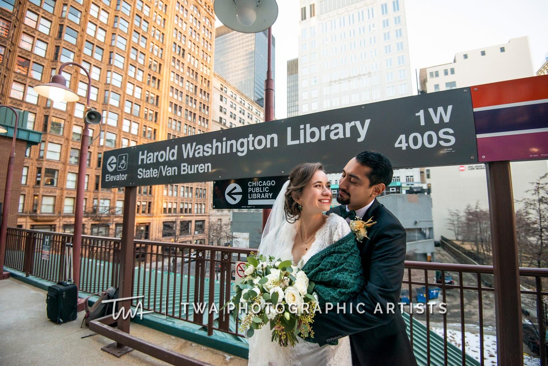 Chicago-Wedding-Photographer-TWA-Photographic-Artists-Harold-Washington-Library-Winter-Garden_Early_Moreno_KH_ES-0622