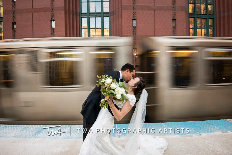 Chicago-Wedding-Photographer-TWA-Photographic-Artists-Harold-Washington-Library-Winter-Garden_Early_Moreno_KH_ES-0645