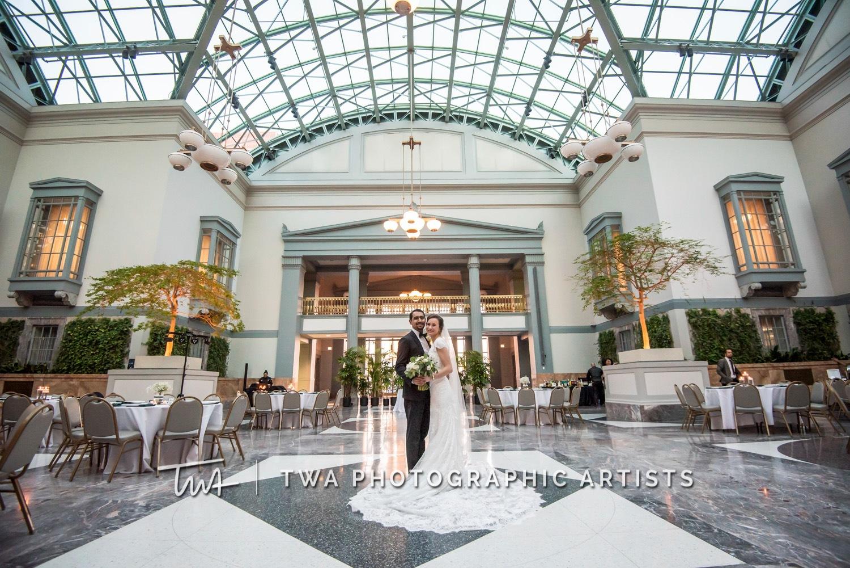 Chicago-Wedding-Photographer-TWA-Photographic-Artists-Harold-Washington-Library-Winter-Garden_Early_Moreno_KH_ES-0654