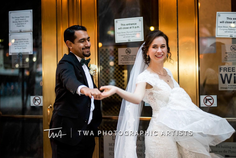 Chicago-Wedding-Photographer-TWA-Photographic-Artists-Harold-Washington-Library-Winter-Garden_Early_Moreno_KH_ES-1245