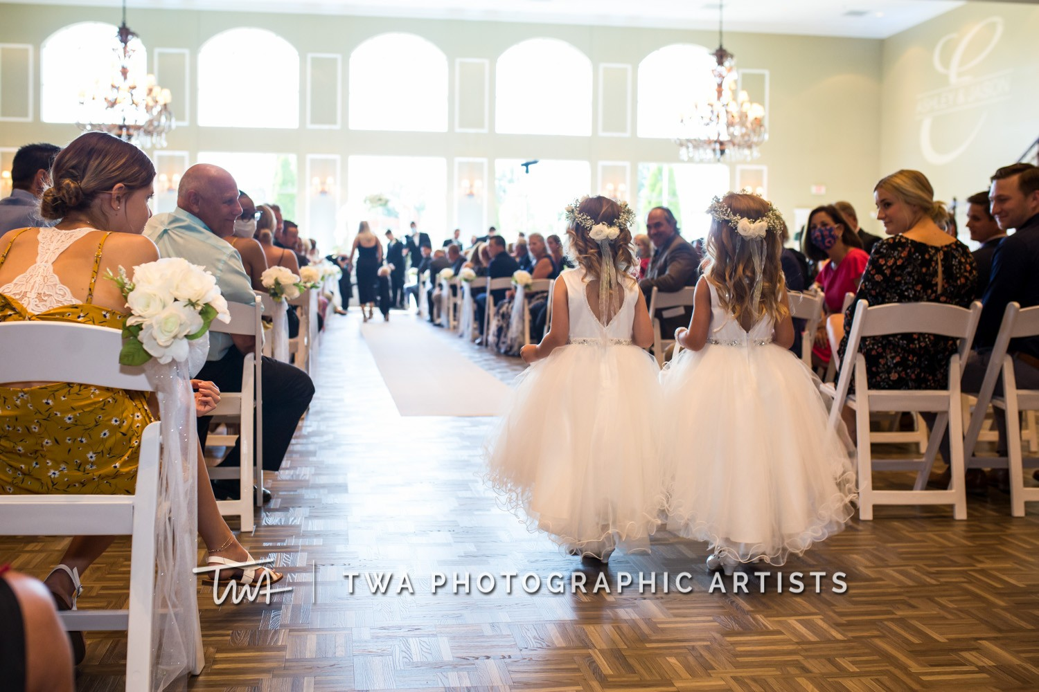 Chicago-Wedding-Photographer-TWA-Photographic-Artists-DiNolfo_s-Banquets_Augustine_Evans_MJ_WK-0584