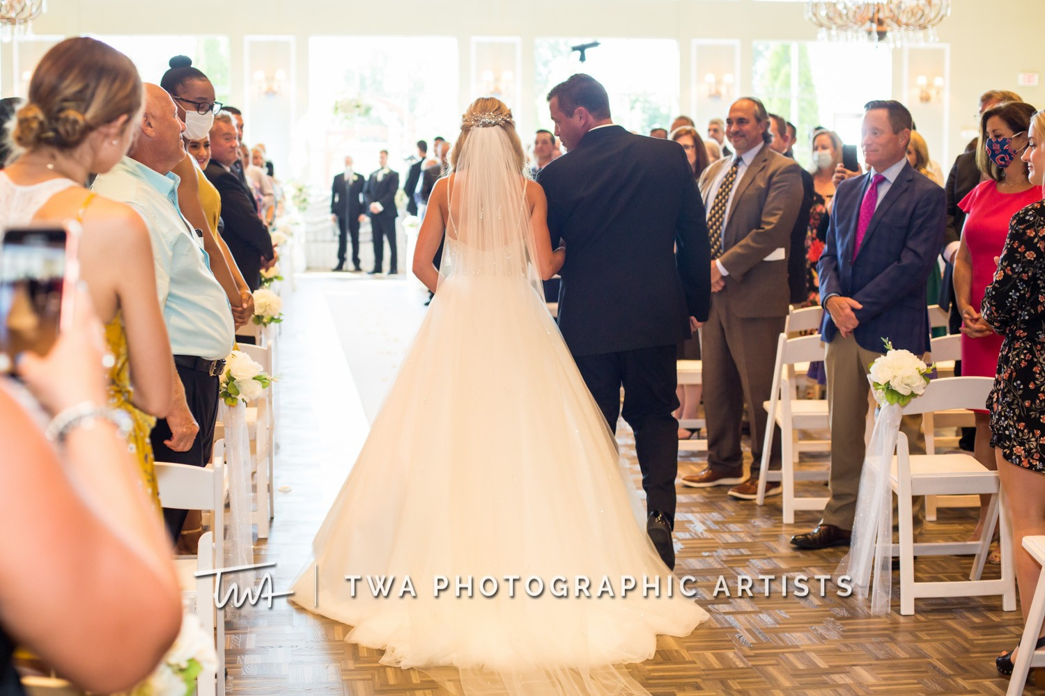 Chicago-Wedding-Photographer-TWA-Photographic-Artists-DiNolfo_s-Banquets_Augustine_Evans_MJ_WK-0594
