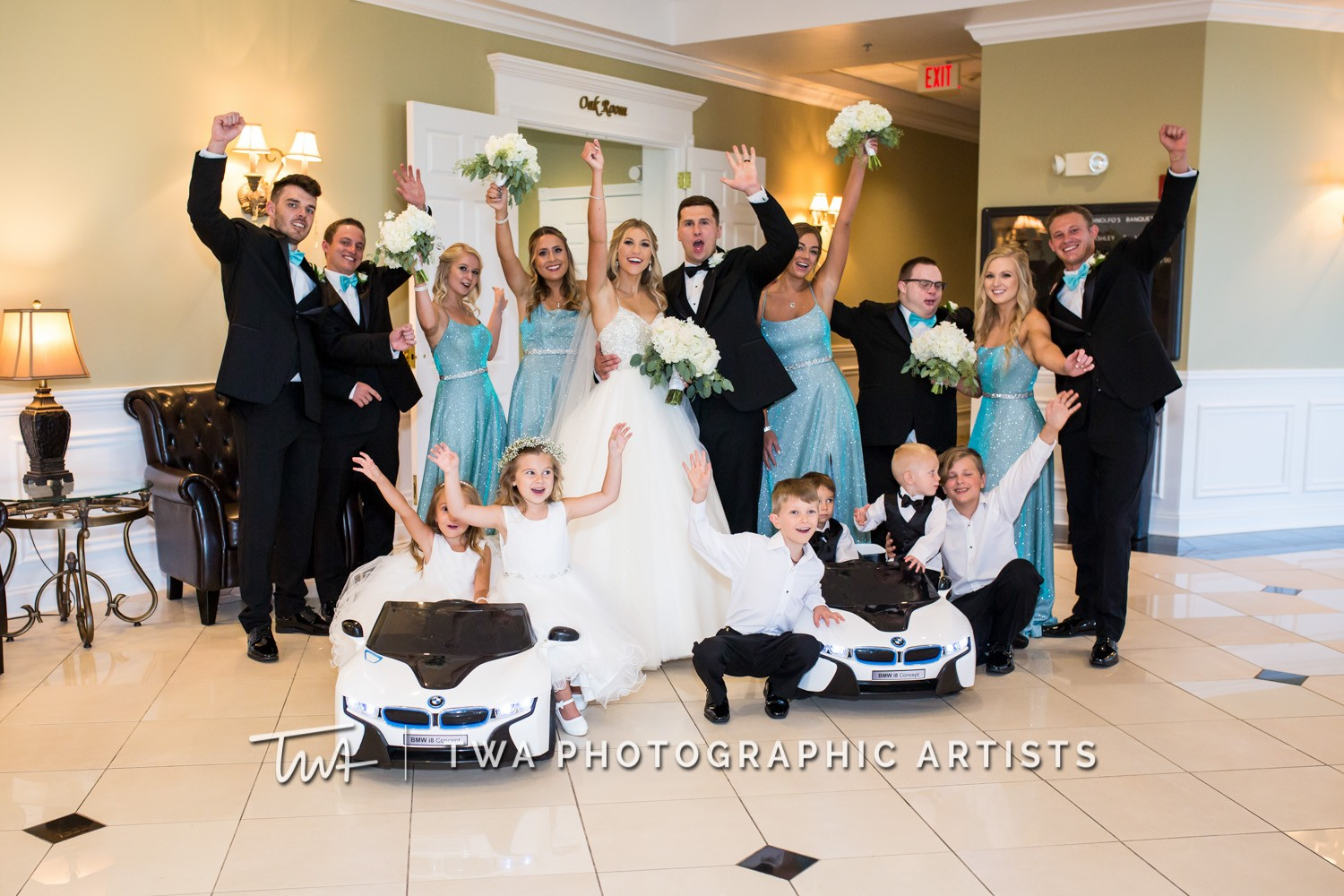Chicago-Wedding-Photographer-TWA-Photographic-Artists-DiNolfo_s-Banquets_Augustine_Evans_MJ_WK-0904