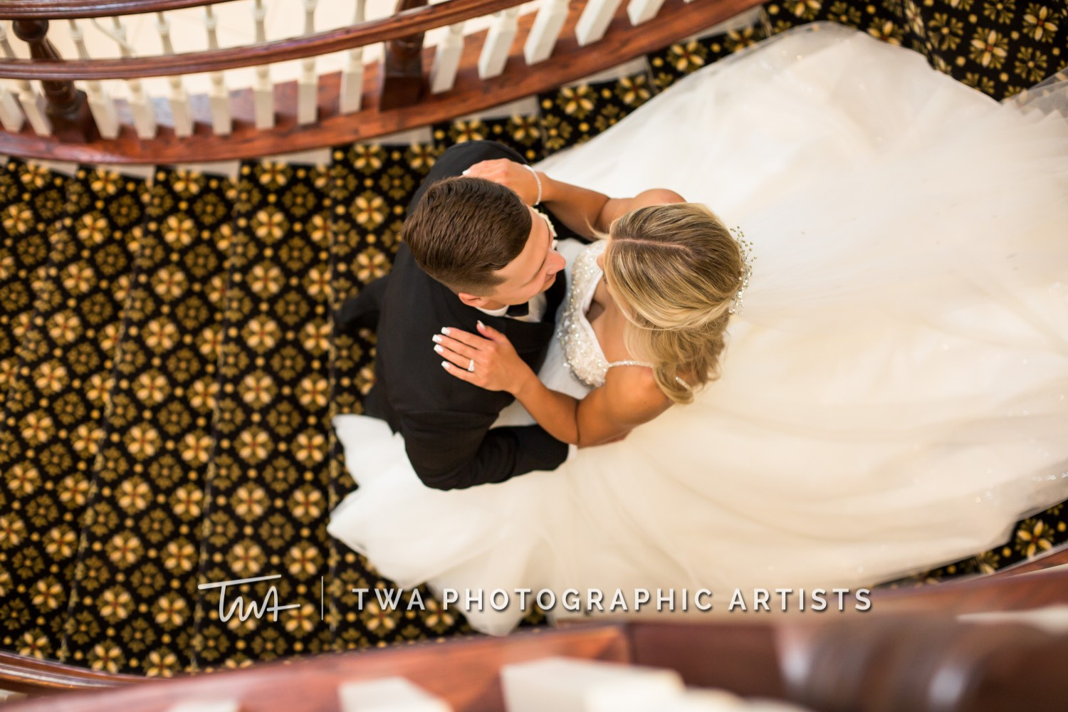 Chicago-Wedding-Photographer-TWA-Photographic-Artists-DiNolfo_s-Banquets_Augustine_Evans_MJ_WK-1085