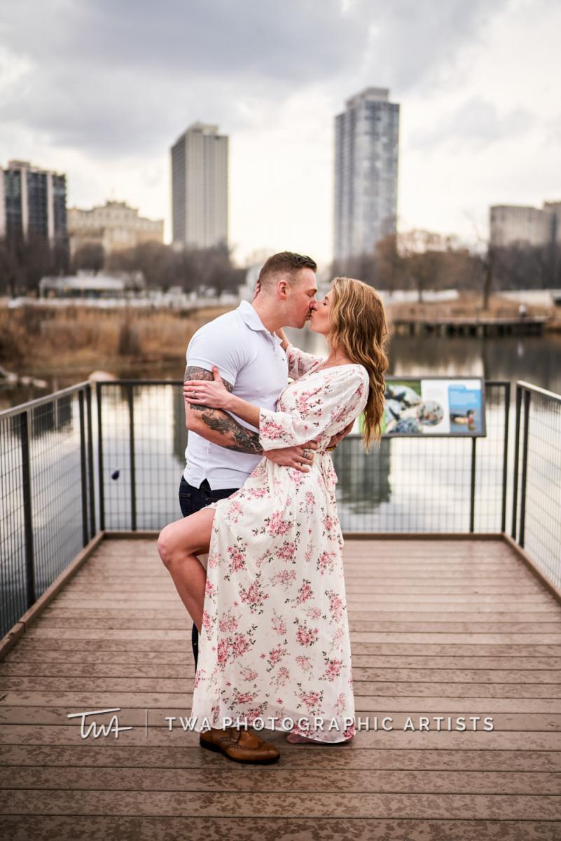 Chicago-Wedding-Photographer-TWA-Photographic-Artists-Lincoln-Park_Zeman_Fielding_KS-022