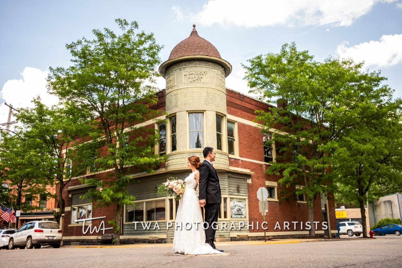 Chicago-Wedding-Photographer-TWA-Photographic-Artists-Private-Residence_Franz_Su_ZZ-0105-Edit