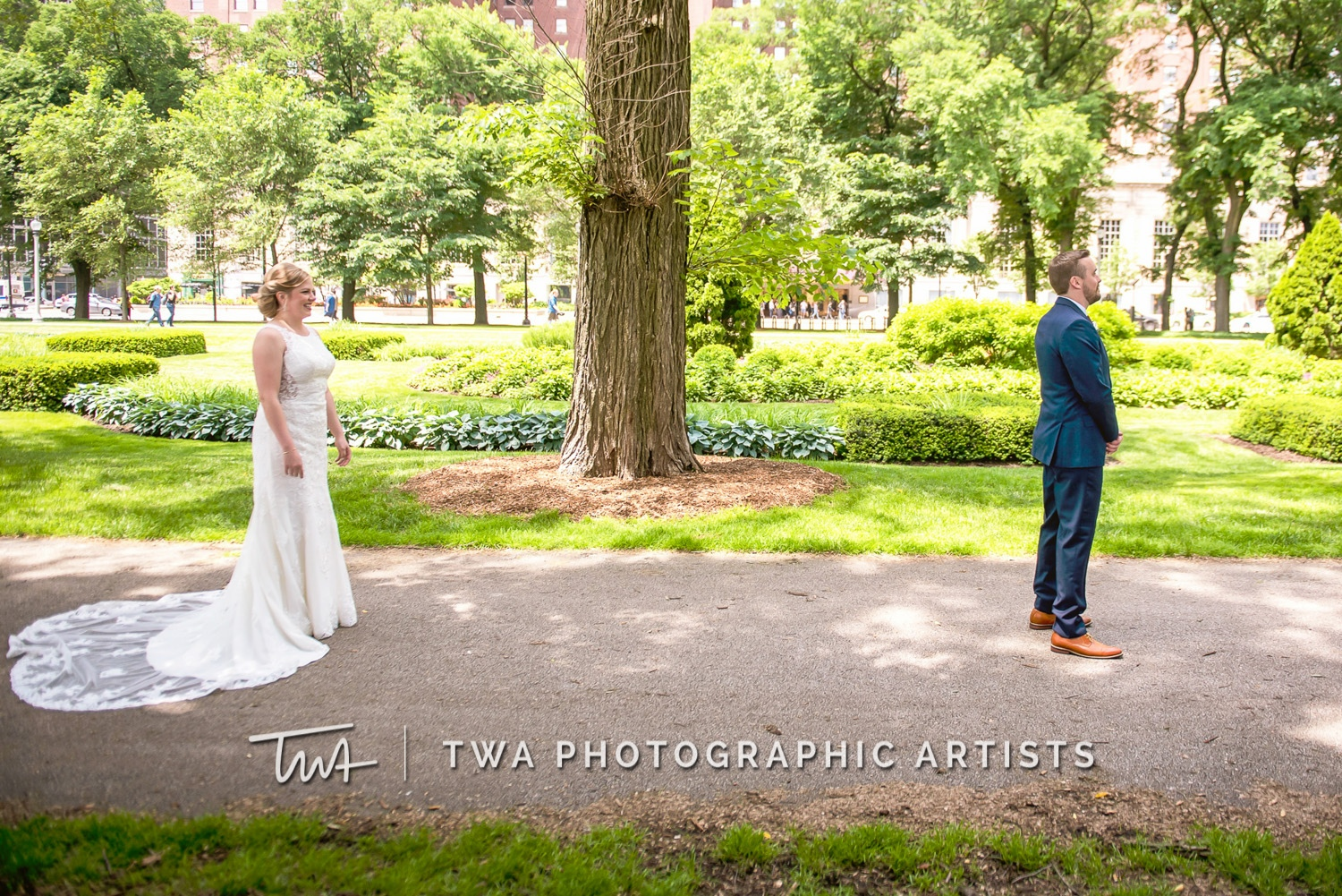 Chicago-Wedding-Photographer-TWA-Photographic-Artists-White-Pines-Banquets_Petersen_Sherman_ZZ_DL-014_0147