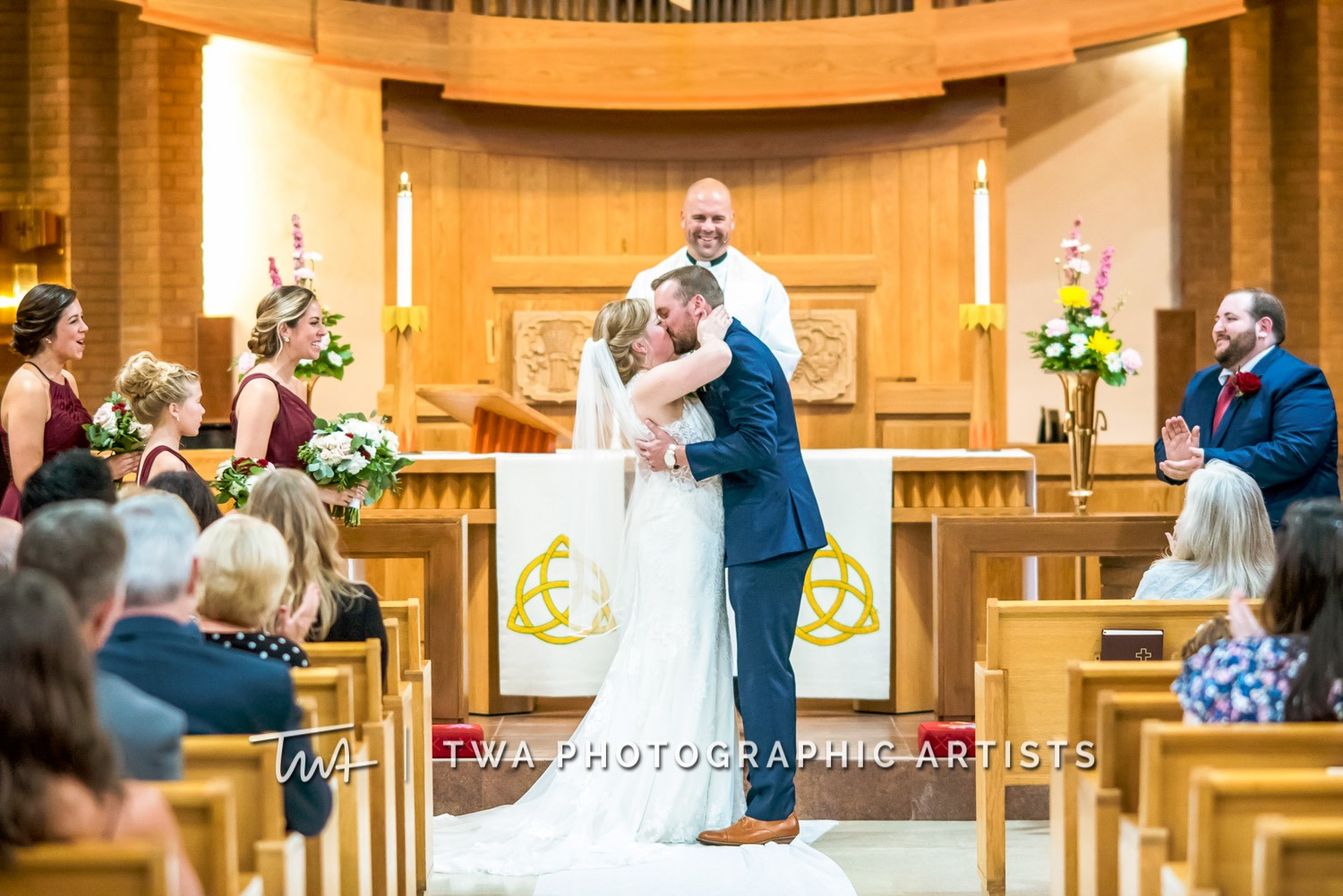 Chicago-Wedding-Photographer-TWA-Photographic-Artists-White-Pines-Banquets_Petersen_Sherman_ZZ_DL-038_0438
