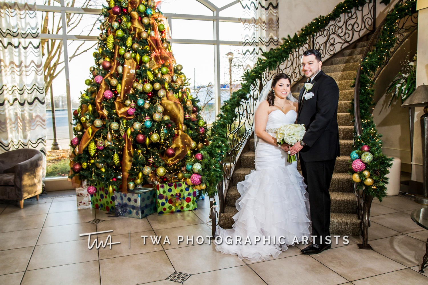 Chicago-Wedding-Photographer-TWA-Photographic-Artists-Belvedere-Banquets_Bentley_Garrido_MB_JA-0286