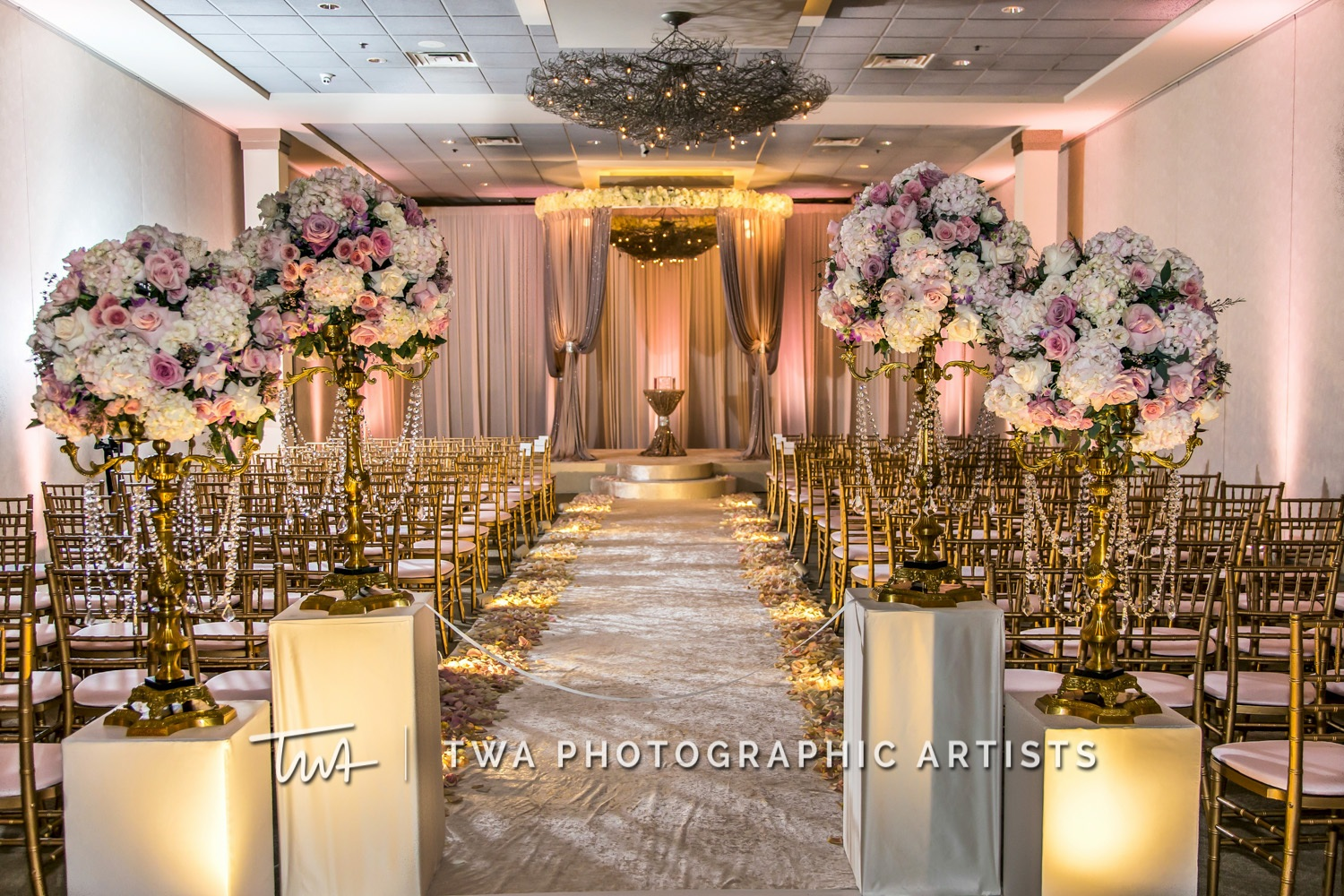 Chicago-Wedding-Photographer-TWA-Photographic-Artists-Belvedere-Banquets_Lavender_Chambers_SG-0233