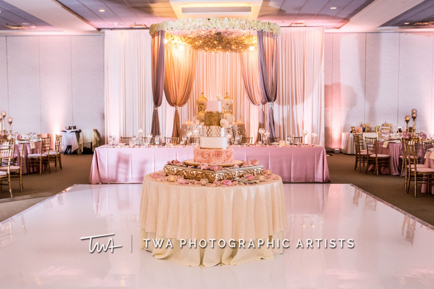 Chicago-Wedding-Photographer-TWA-Photographic-Artists-Belvedere-Banquets_Lavender_Chambers_SG-0386