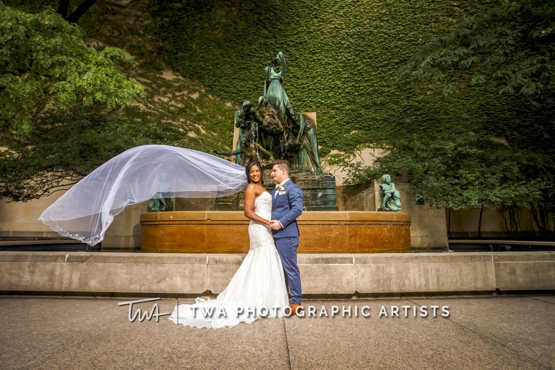 Chicago-Wedding-Photographer-TWA-Photographic-Artists-Ovation_Morrison_Kampa_MC-0598