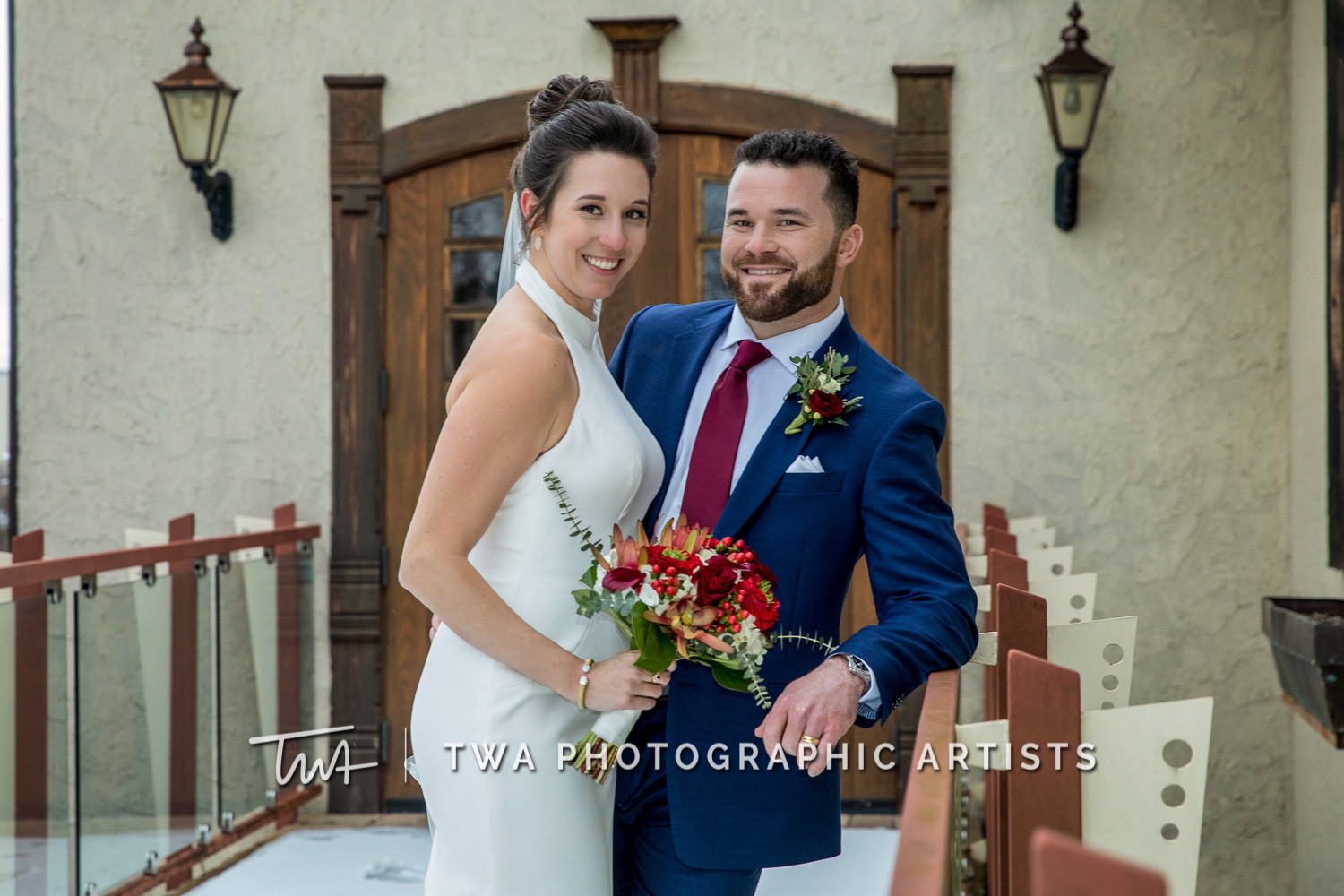 Chicago-Wedding-Photographers-Onion-Pub-and-Brewery_Sherry_Weiner_JA-0629