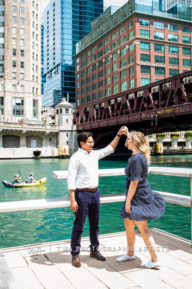 Chicago-Wedding-Photographer-TWA-Photographic-Artists-Merchandise-Mart_Roller_Maglasang_MJ-043