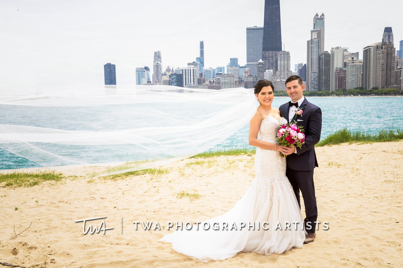 Chicago-Wedding-Photographer-TWA-Photographic-Artists-Pinstripes-Chicago_Rodriguez_Condon_BK_MP-00112