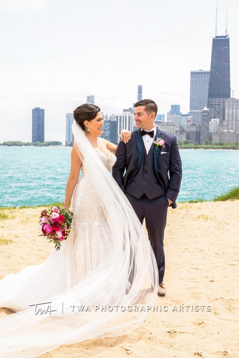 Chicago-Wedding-Photographer-TWA-Photographic-Artists-Pinstripes-Chicago_Rodriguez_Condon_BK_MP-00131