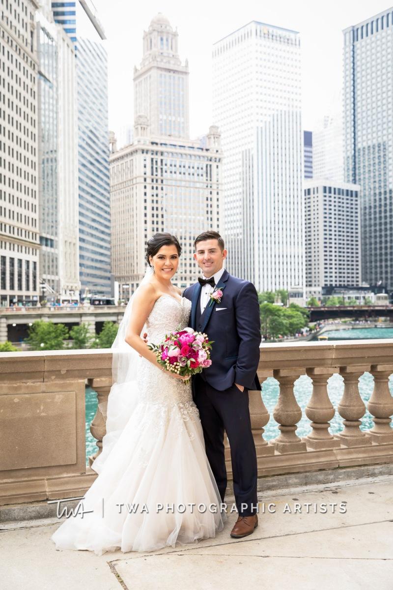 Chicago-Wedding-Photographer-TWA-Photographic-Artists-Pinstripes-Chicago_Rodriguez_Condon_BK_MP-00205