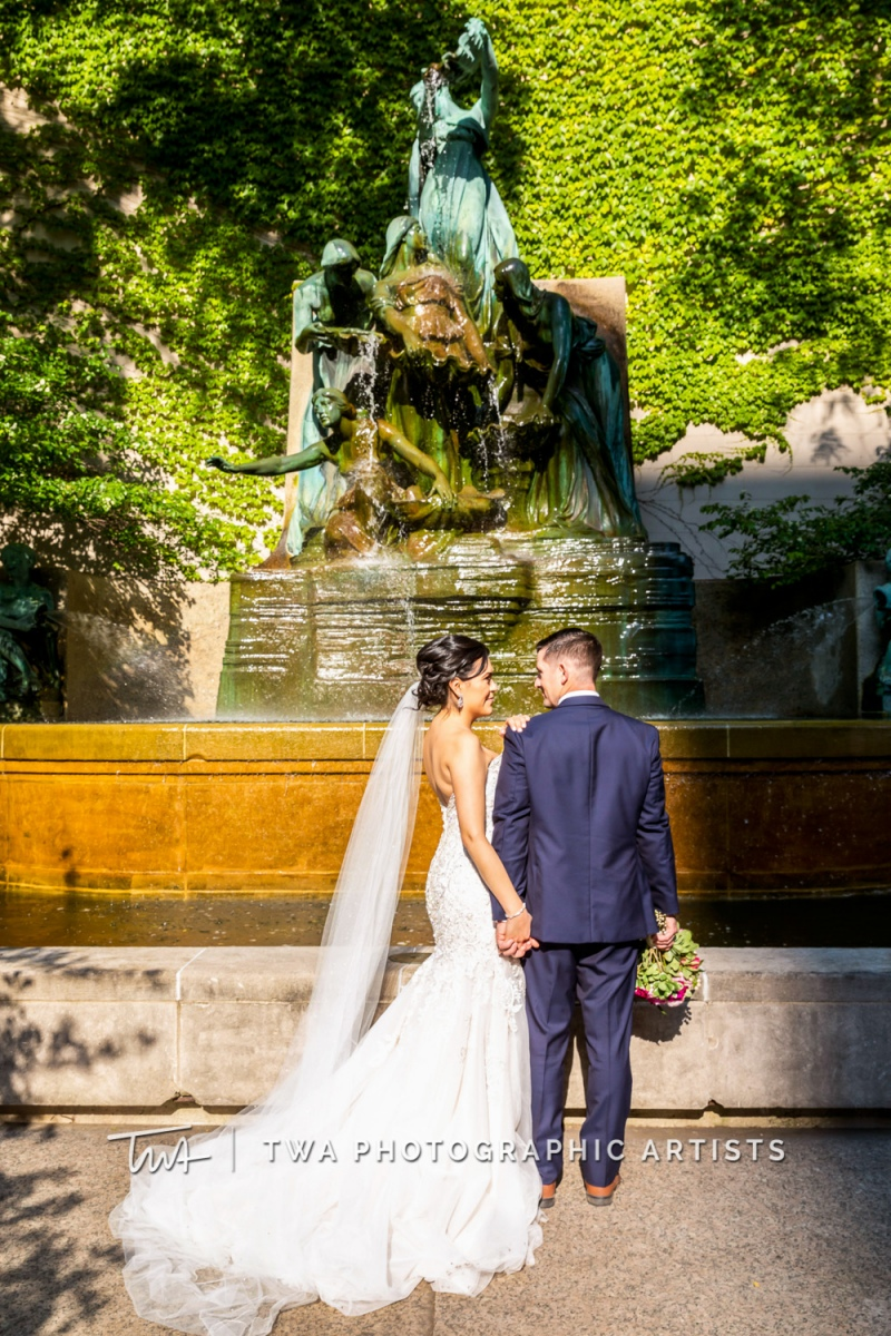 Chicago-Wedding-Photographer-TWA-Photographic-Artists-Pinstripes-Chicago_Rodriguez_Condon_BK_MP-00486
