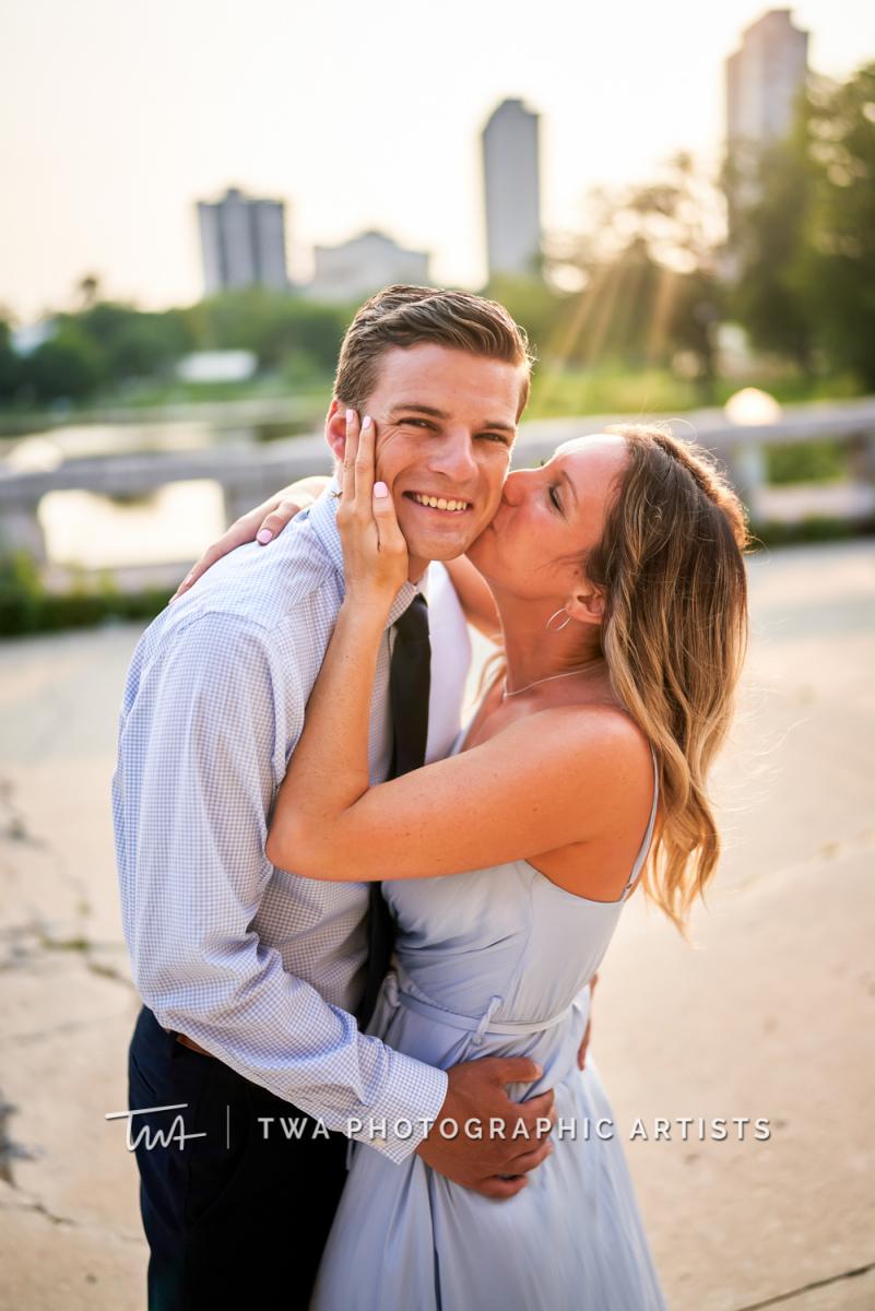 Chicago-Wedding-Photographer-TWA-Photographic-Artists-Lincoln-Park_Randolph_Ernsting_KS-100