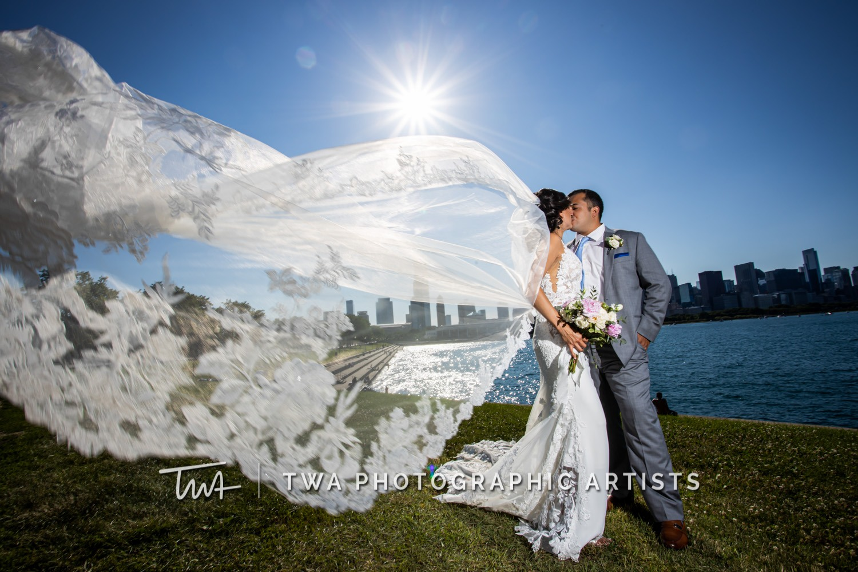 Chicago-Wedding-Photographer-TWA-Photographic-Artists-Mid-America-Club_Fabian_Garcia_MiC_DO-0528