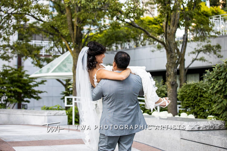 Chicago-Wedding-Photographer-TWA-Photographic-Artists-Mid-America-Club_Fabian_Garcia_MiC_DO-0577