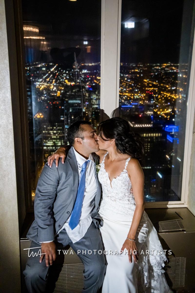 Chicago-Wedding-Photographer-TWA-Photographic-Artists-Mid-America-Club_Fabian_Garcia_MiC_DO-1023
