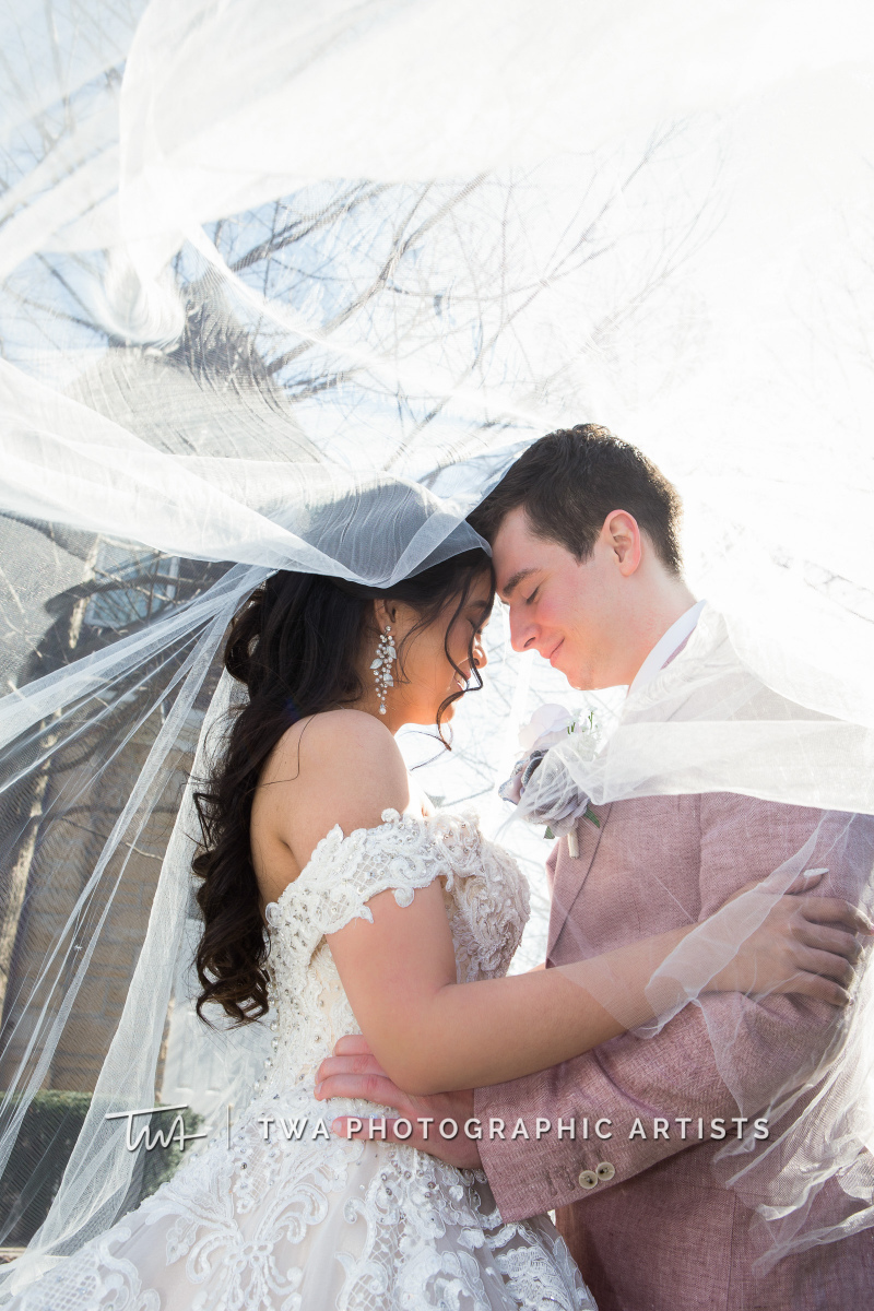 Chicago-Wedding-Photographers-Haley-Mansion_Navarro_Roark_HM-002-0297