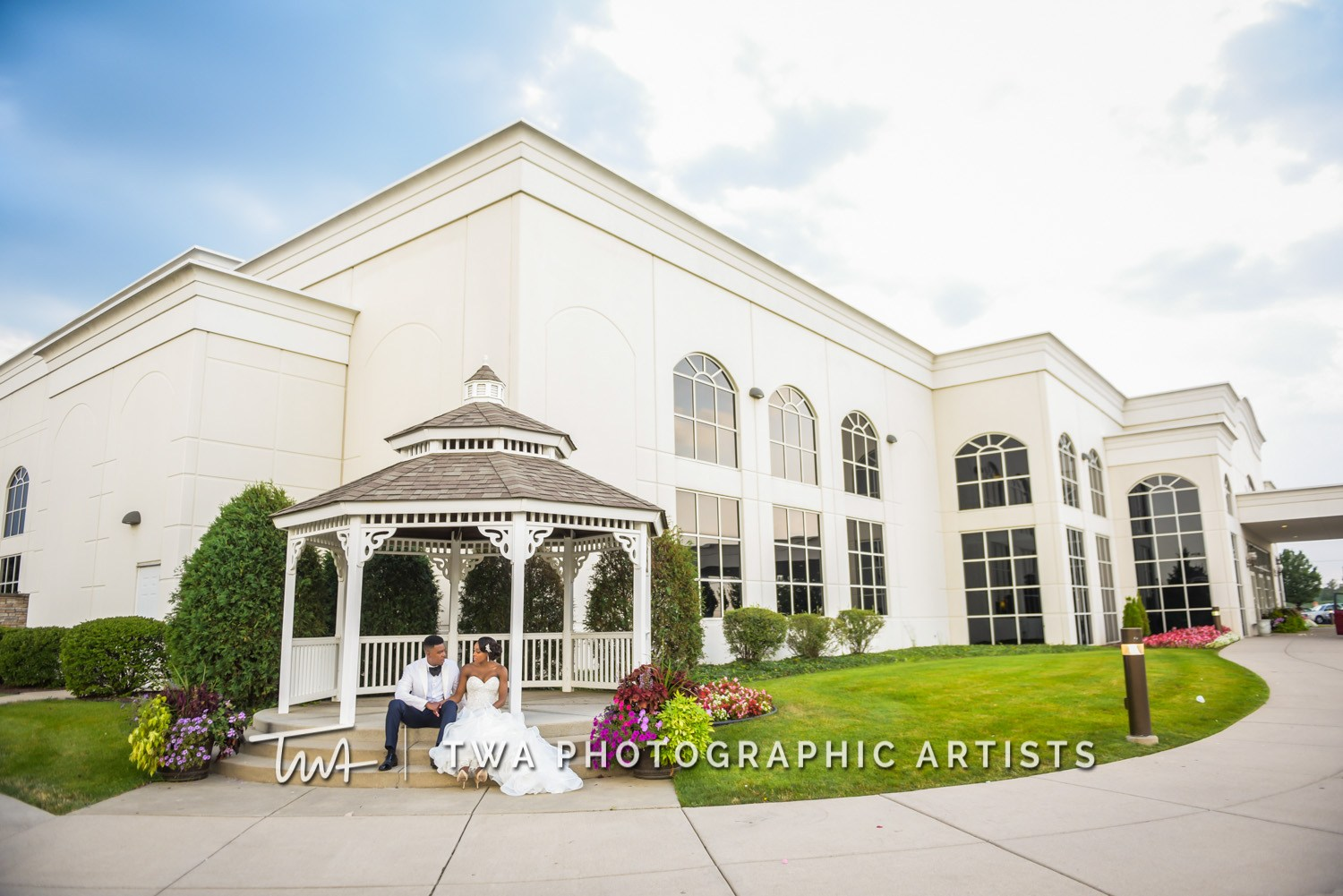Chicago-Wedding-Photographer-TWA-Photographic-Artists-DiNolfo_s-Banquets_Smith_Stapleton_ZZ_CL-089-0547