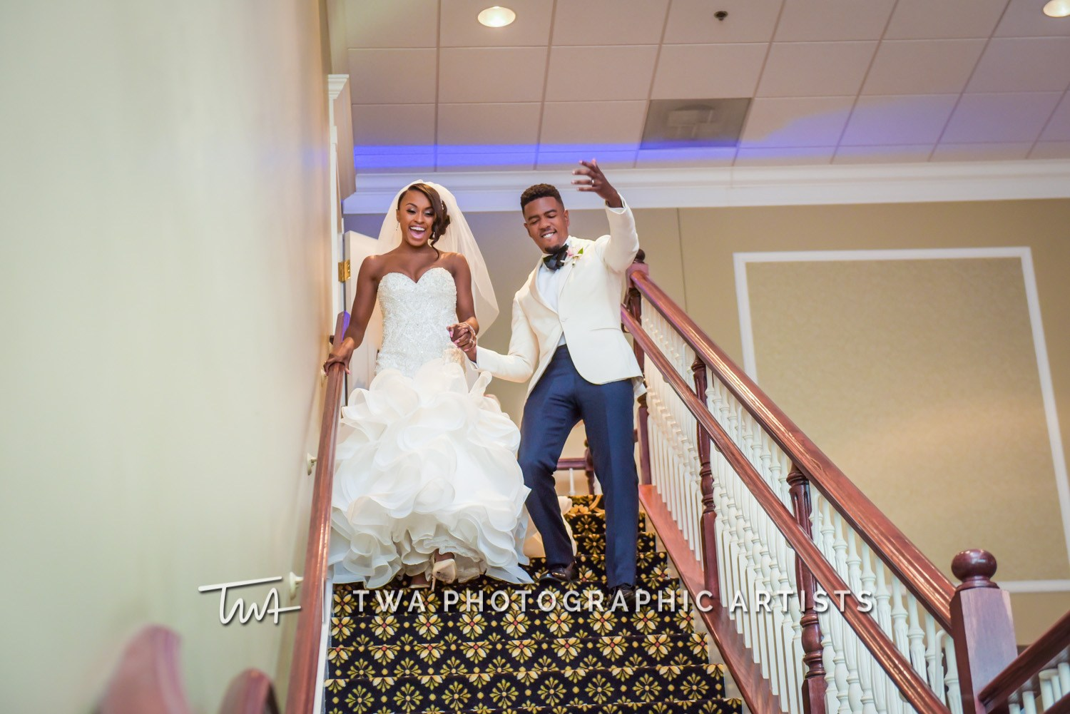 Chicago-Wedding-Photographer-TWA-Photographic-Artists-DiNolfo_s-Banquets_Smith_Stapleton_ZZ_CL-095-0587