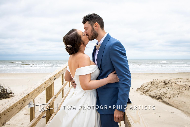Chicago-Wedding-Photographer-TWA-Photographic-Artists-Galveston-Beach_Wolcott_Webb_AA-021-0082