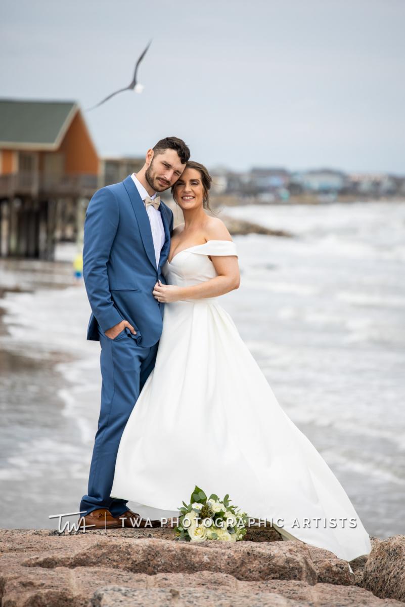 Chicago-Wedding-Photographer-TWA-Photographic-Artists-Galveston-Beach_Wolcott_Webb_AA-026-0101