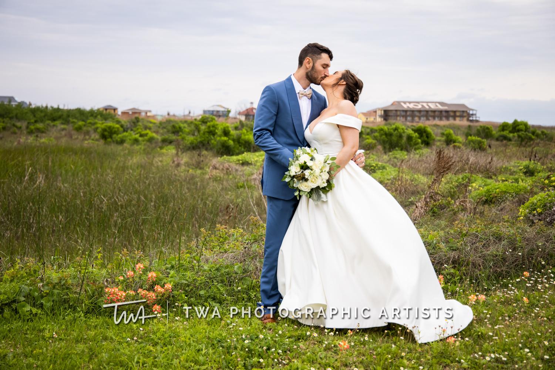 Chicago-Wedding-Photographer-TWA-Photographic-Artists-Galveston-Beach_Wolcott_Webb_AA-047-0167
