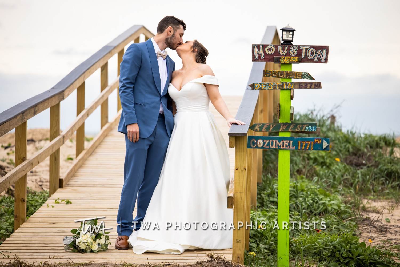 Chicago-Wedding-Photographer-TWA-Photographic-Artists-Galveston-Beach_Wolcott_Webb_AA-049-0172