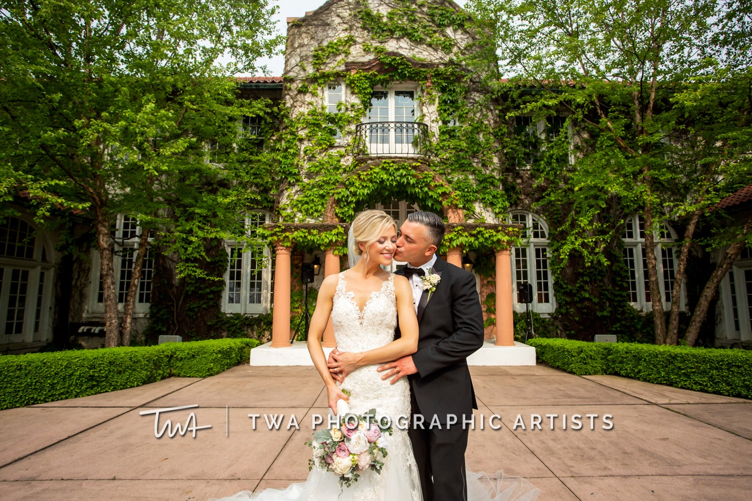 Chicago-Wedding-Photographer-TWA-Photographic-Artists-Ravisloe-CC_Steele_Zenere_JM_MP-0292