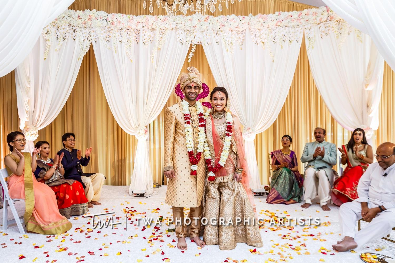 Chicago-Wedding-Photographer-TWA-Photographic-Artists-Hilton-Oak-Brook-Hills_Peralta_Patel_MC_ME-0711