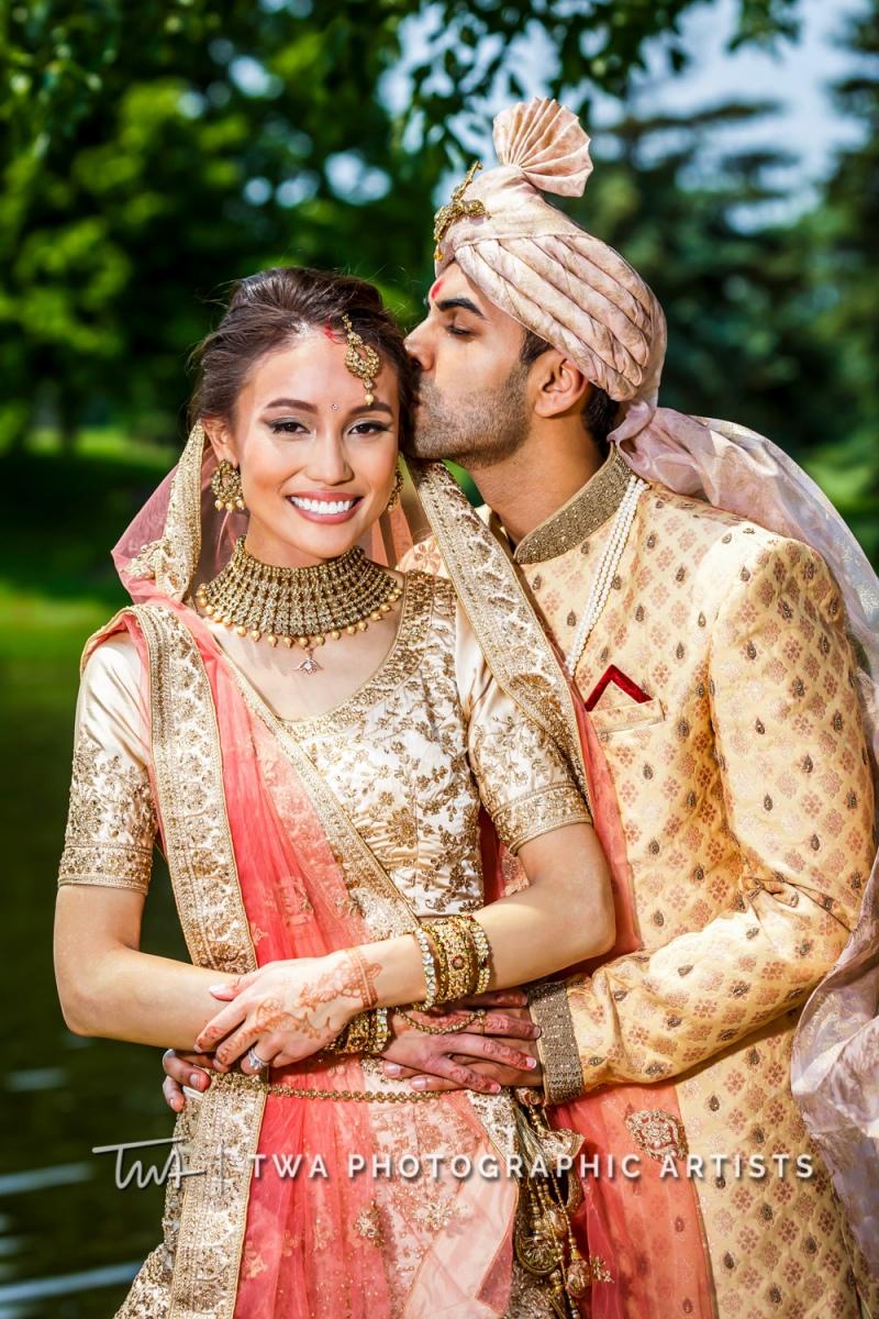Chicago-Wedding-Photographer-TWA-Photographic-Artists-Hilton-Oak-Brook-Hills_Peralta_Patel_MC_ME-0992