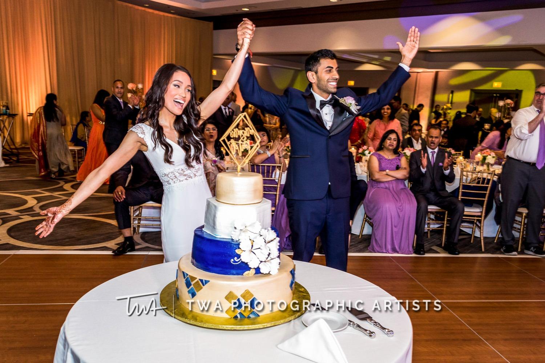 Chicago-Wedding-Photographer-TWA-Photographic-Artists-Hilton-Oak-Brook-Hills_Peralta_Patel_MC_ME-132_2016