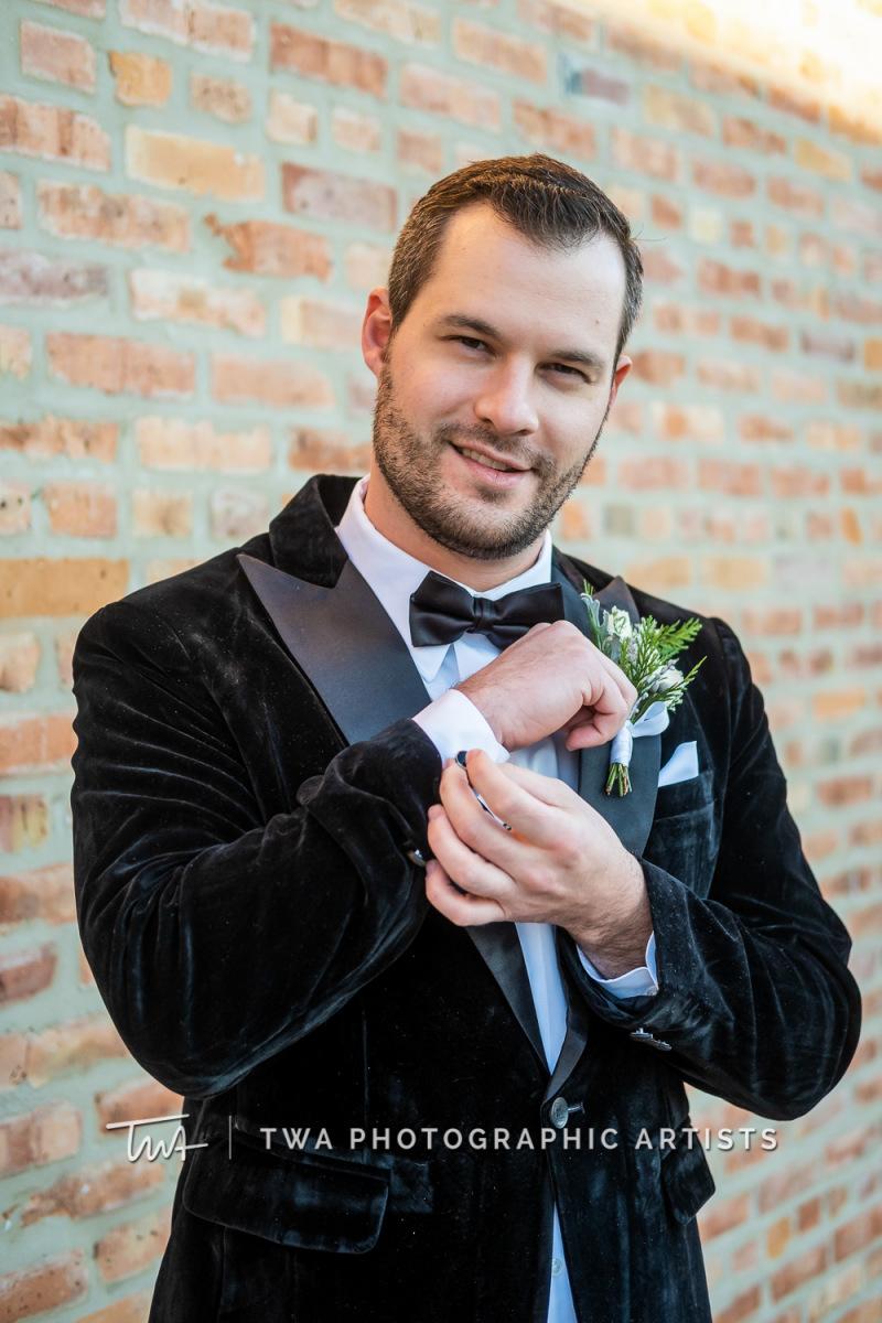 Chicago-Wedding-Photographers-Sanctuary-Events_Onderisin_Zander_ZZ_TL-0213