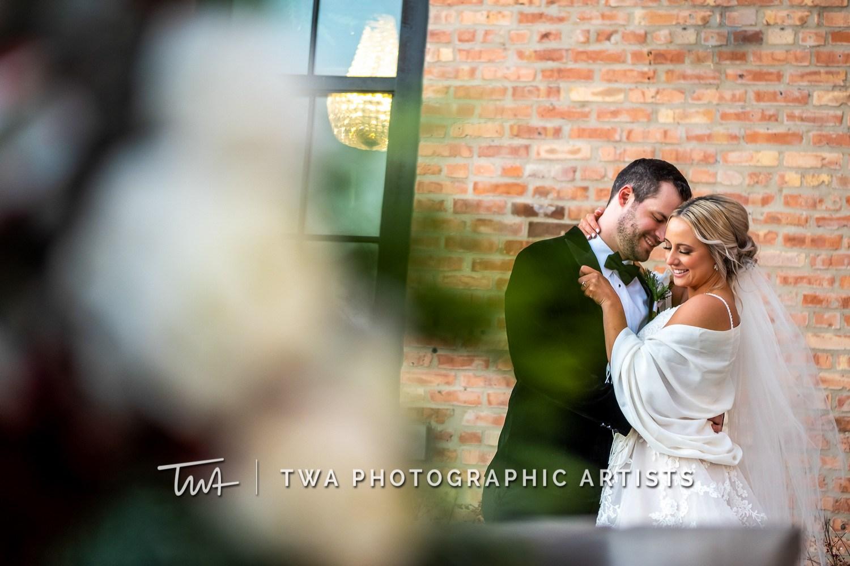 Chicago-Wedding-Photographers-Sanctuary-Events_Onderisin_Zander_ZZ_TL-0363